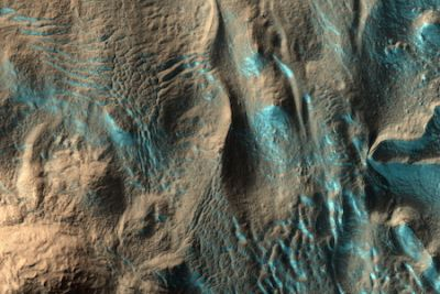 The Penticton crater on Mars has seasonal ice, as shown in this NASA photo
