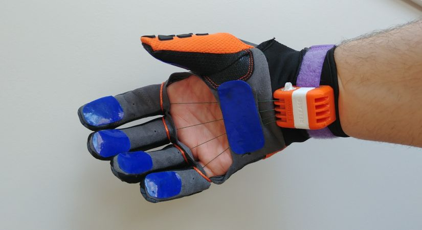 T-Glove, a glove designed to increase grip strength